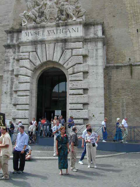 Pictures Of The Vatican City And Museum And St. Peter's